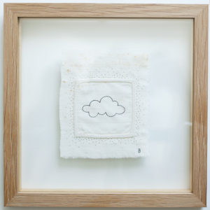Attrape nuage - 9.5cm x 11.5cm + encadrement en chêne - 150€
